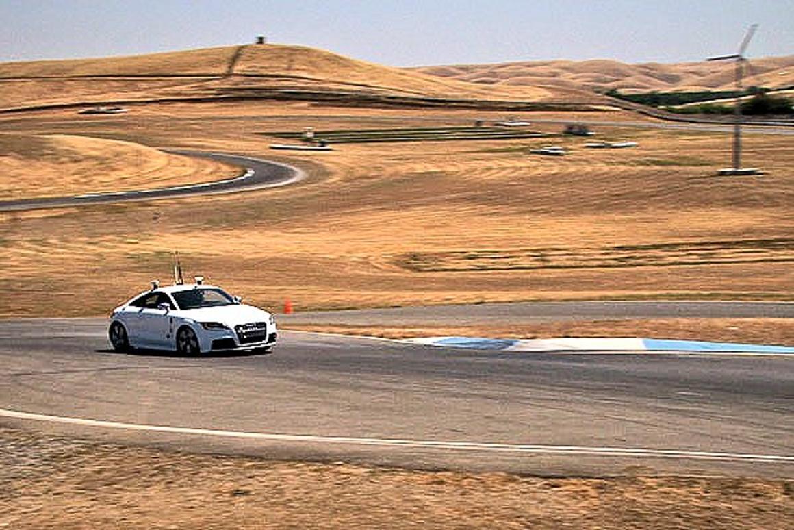 Autonomous Audi almost matches veteran race car drivers' lap