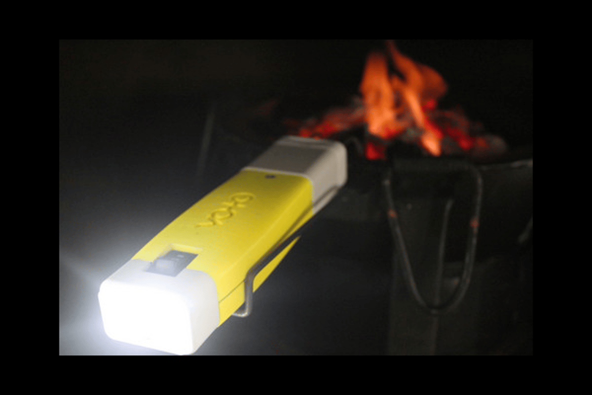 The VOTO fuel-cell charger gets power from cooking fires