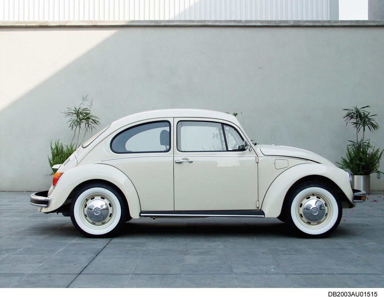 """2003: VW Beetle """"Última Edición"""";  вид сбоку"""