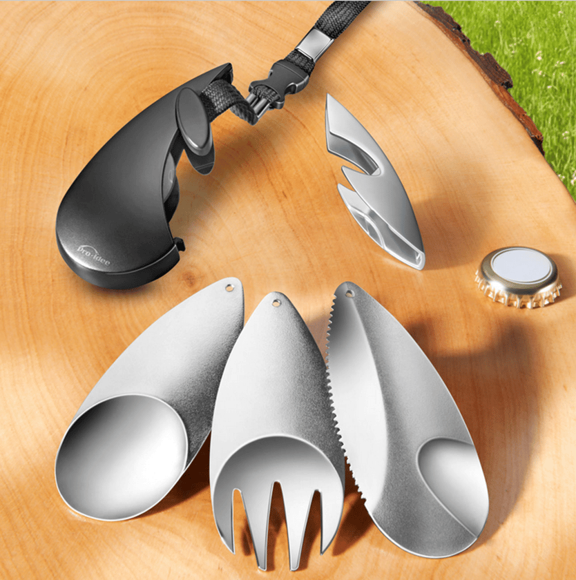 The set consists of three interlocking stainless steel cutlery utensils