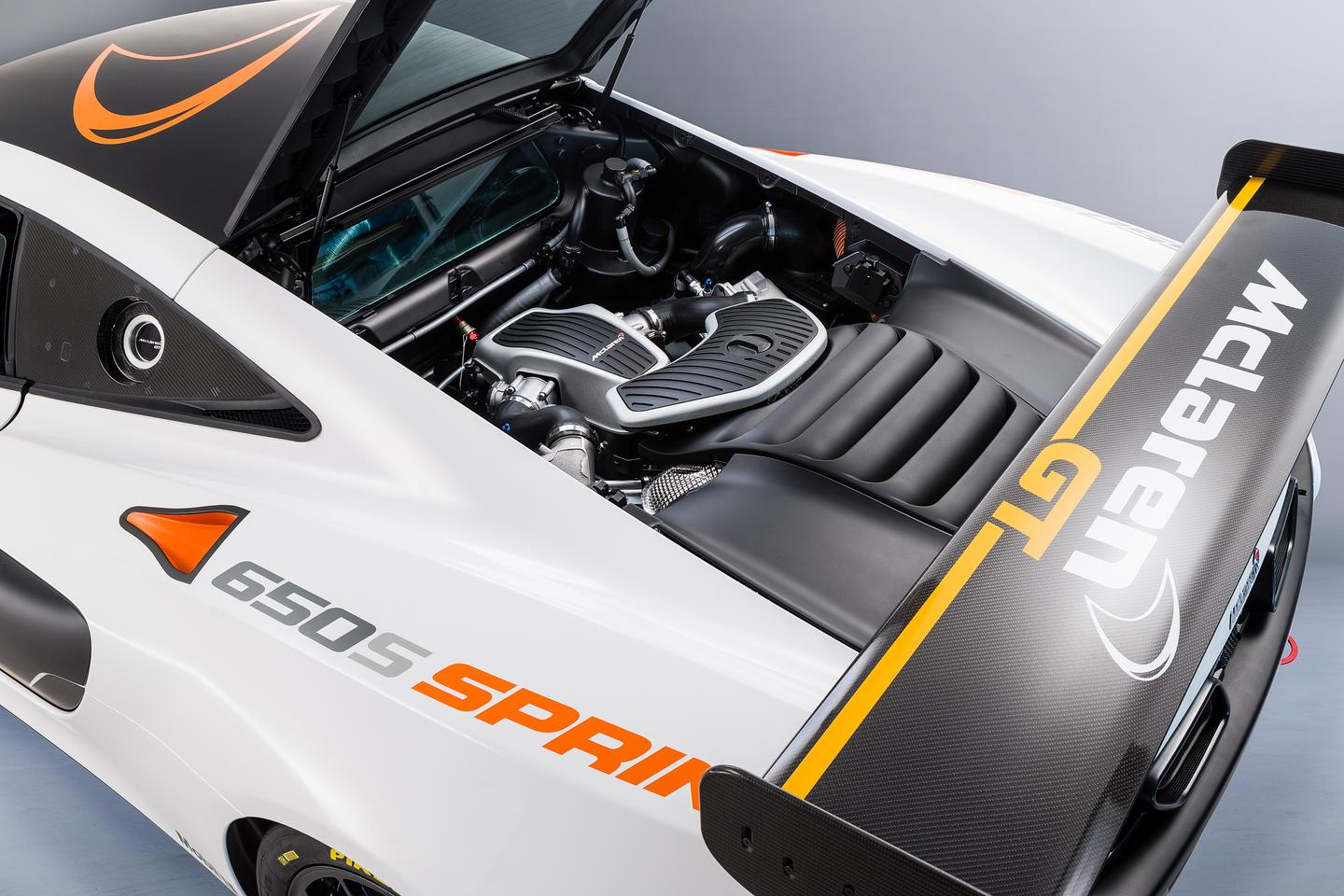 The 3.8 twin-turbo V8 still puts out the same 641 hp, however McLaren assures that a re-calibrated engine and gearbox will bring about a car that's even more adept on the track