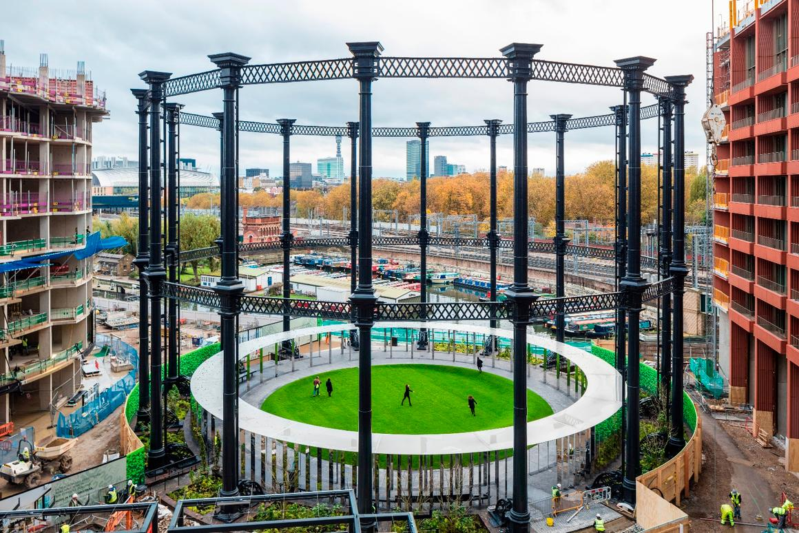 The circular guide frame of Gasholder No. 8 is 25 m (82 ft) high