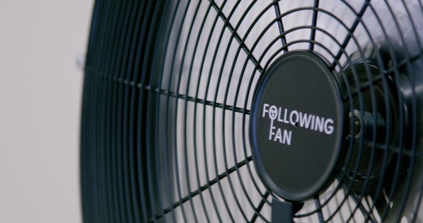 The Following Fan can also be set to more traditional Stationary or Oscillating modes, and to three different blowing speeds