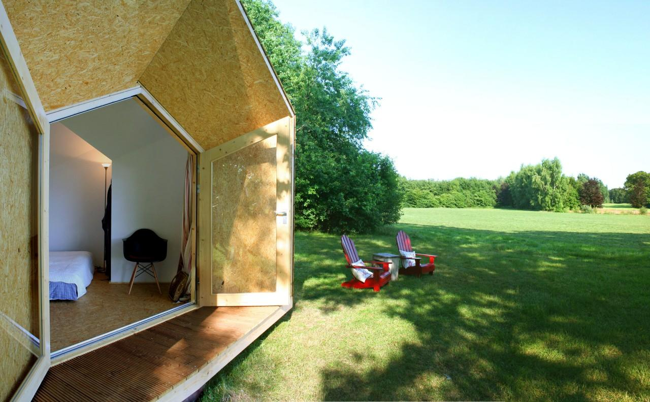DIY Hermit House allows users to customize and build their own off-the grid micro house