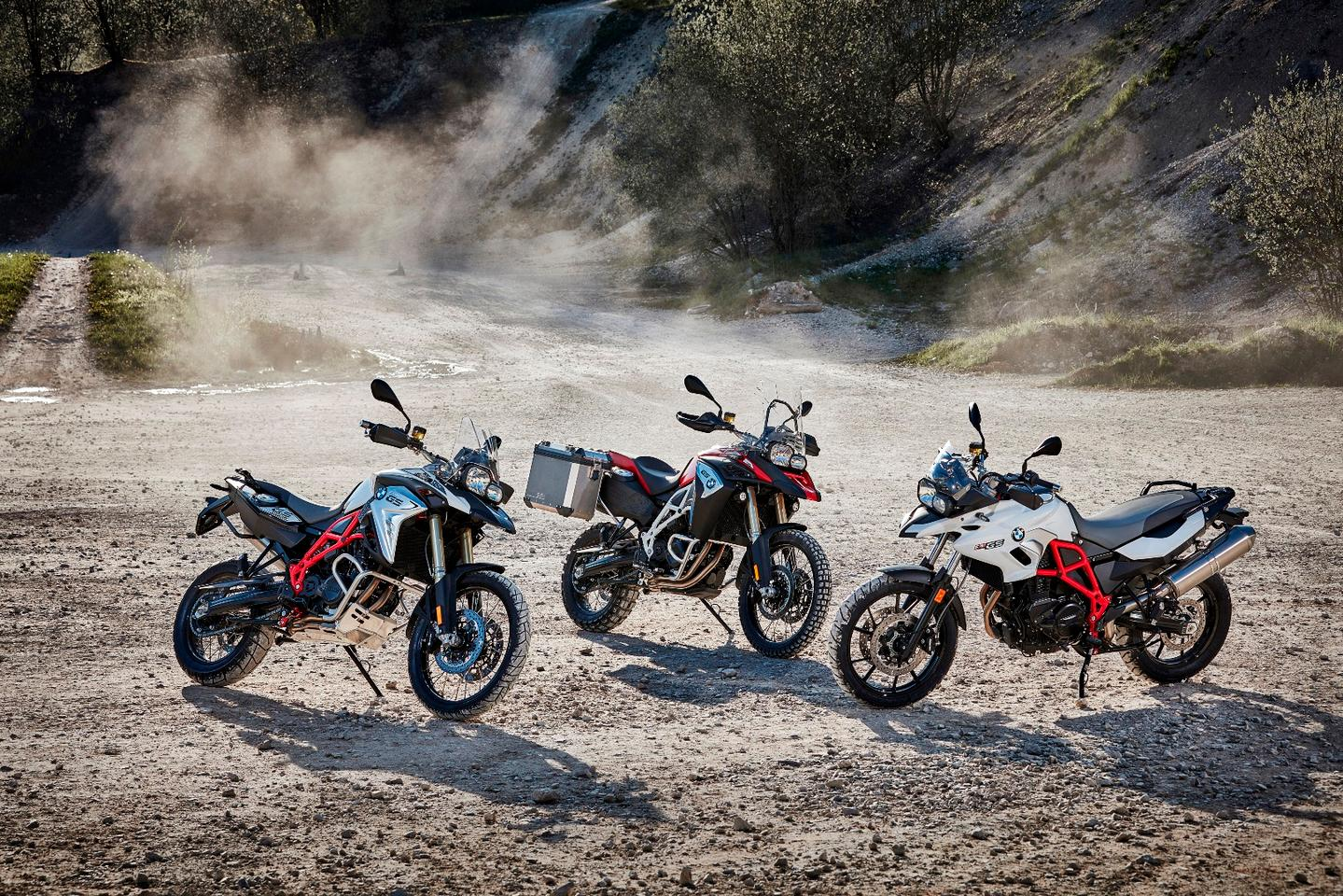 The most important updates announced thus far by BMW concern the F700/800 GS family