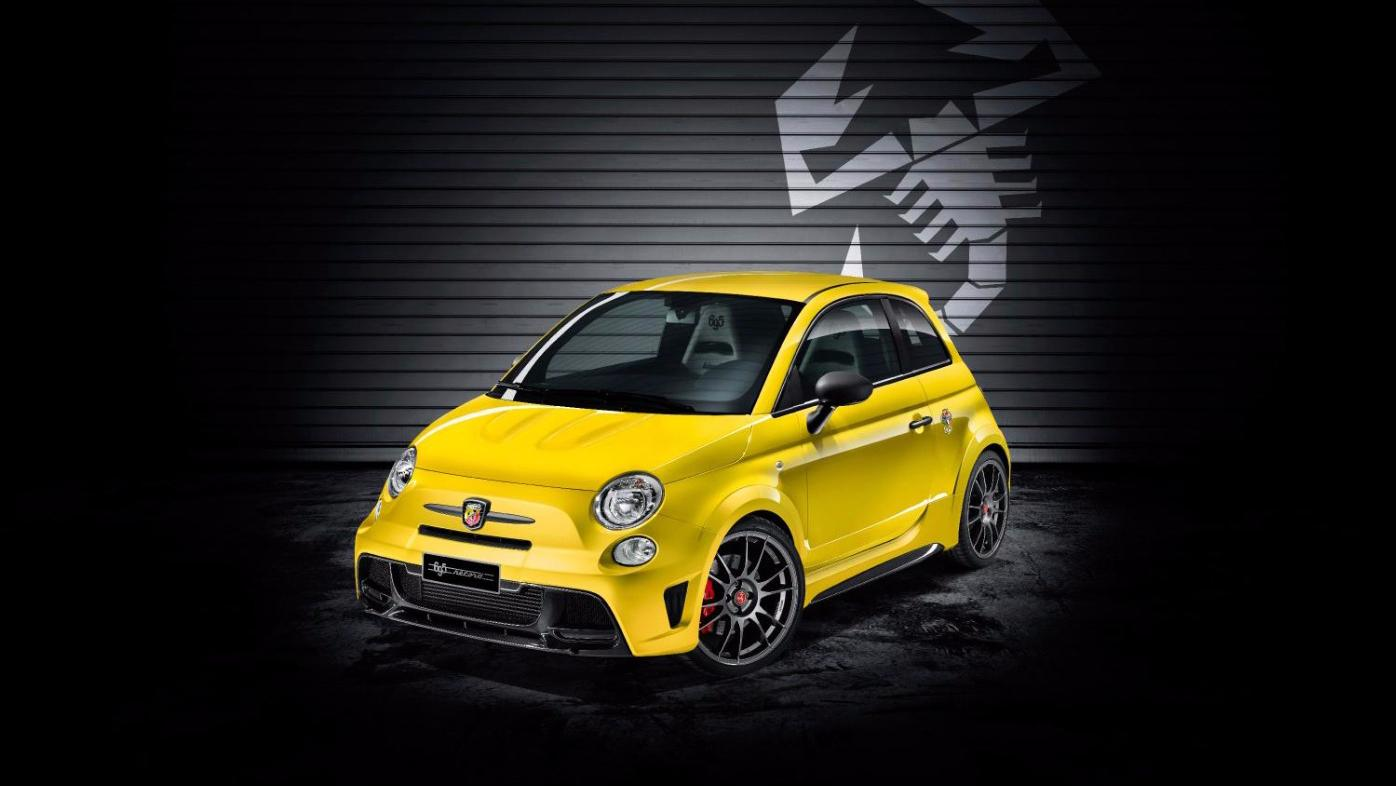 The special edition Fiat 500 Abarth 695 biposto Record commemorates the Abarth brand's race heritage