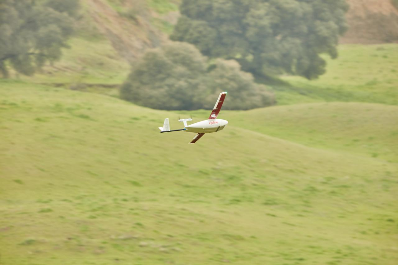 The new Zip drones have a round trip range of 160 km (99 miles) – up from 150 km –and can carry up to 1.75 kg (3.8 lb) of cargo, which is up from 1.5