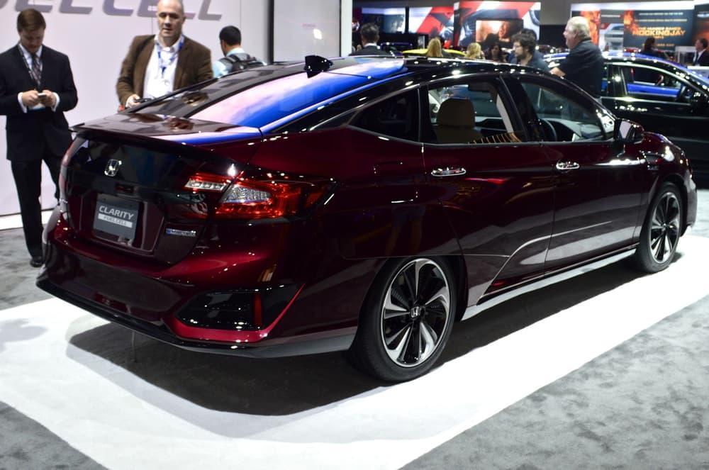 Honda Clarity Fuel Cell at the 2015 LA Auto Show
