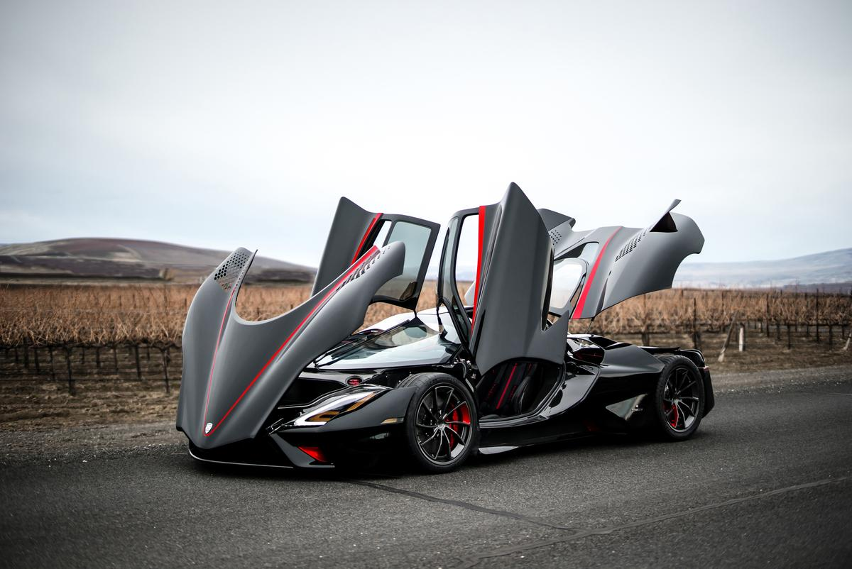 The SSC Tuatara in party mode