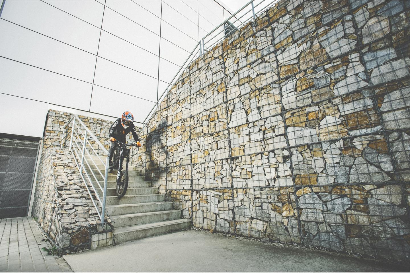 The Kuberg Freerider in action in an urban environment