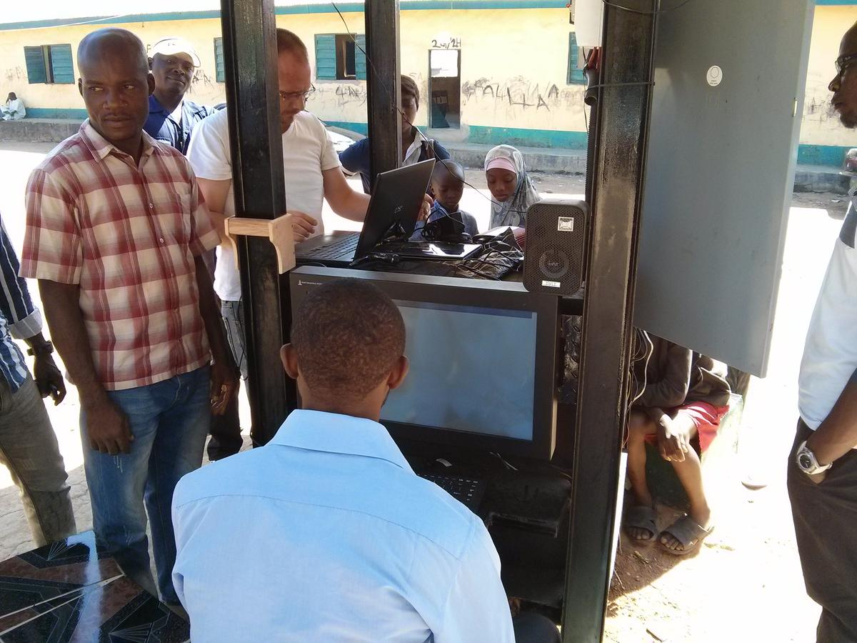 The first Hello Hub has been installed in Suleja, Nigeria (Photo: Tom Saater)