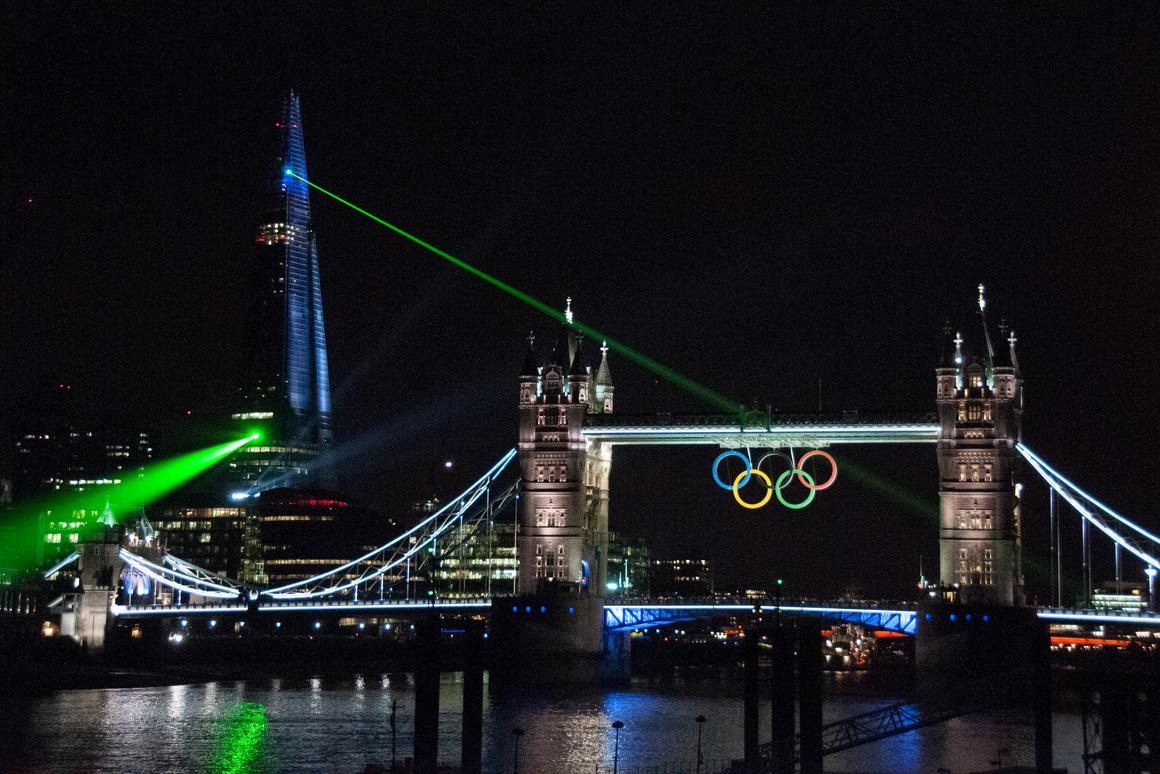 A dozen emerald-green laser beams emanated from the Shard to pick out iconic landmarks including the London Eye, St. Paul's Cathedral and Tower Bridge (Photo: Chris Eason)