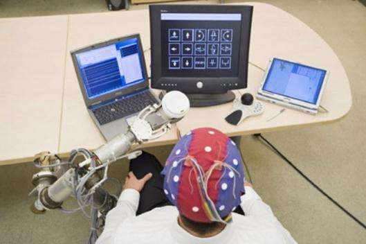 The Brain-Computer Interface allows control a robotic arm