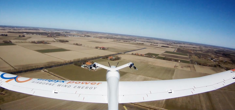 Prototype Ampyx Power drone in flight