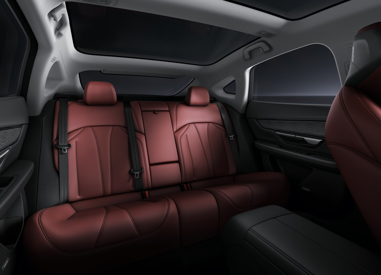 Rear seats and panoramic roof