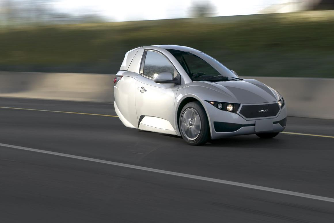 3 Wheel Car >> First Production Solo Three Wheeler Ev Rolls Off The