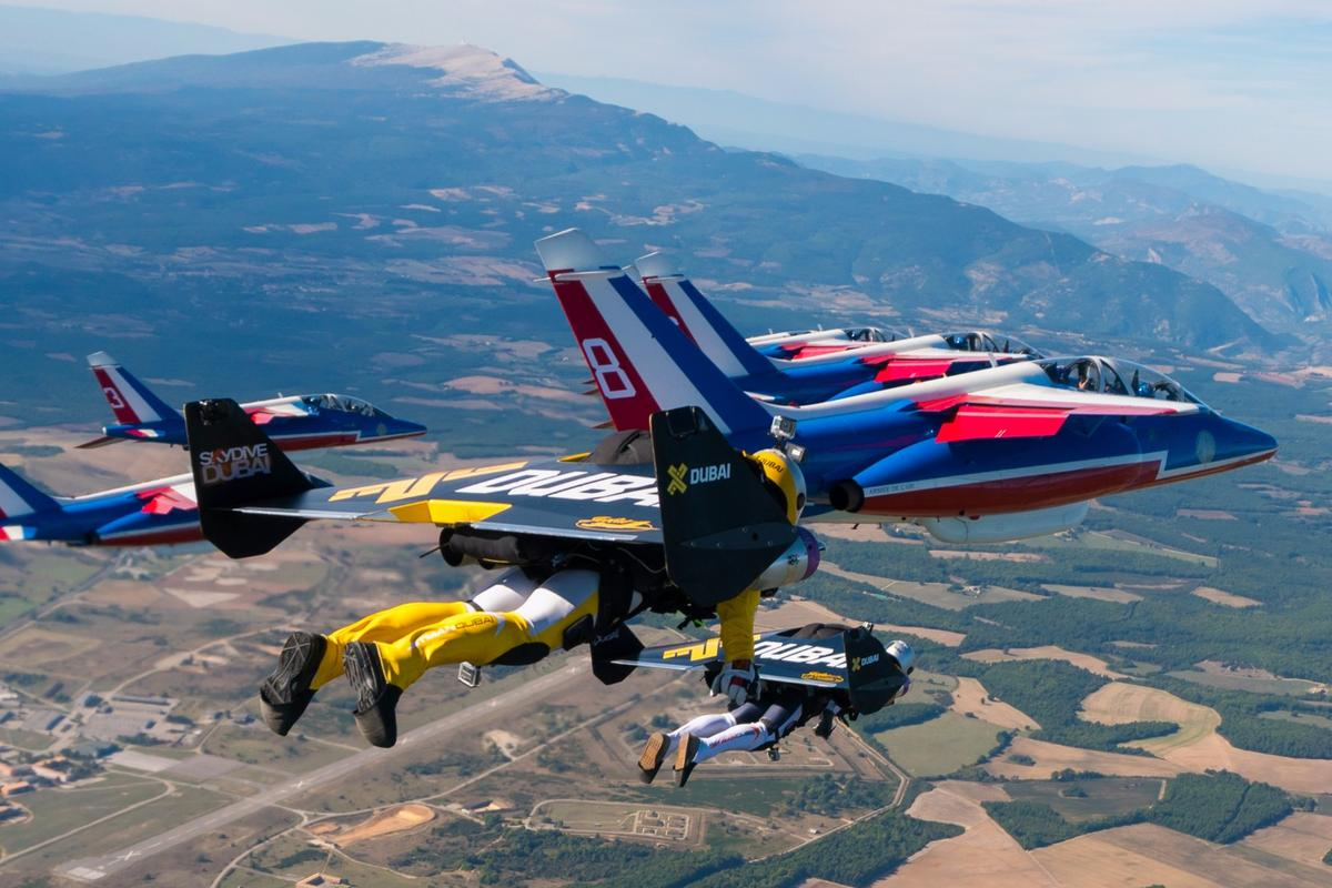 JetmenYves Rossy and Fred Fugen in very tight formation, this photo taken by the third member of the team VinceReffet