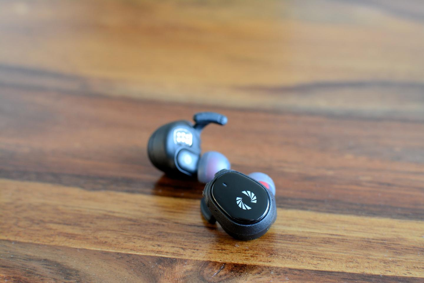 The Bolt BT 700 earphones wirelessly connect to each other when removed from the charging case, and enter Bluetooth pairing mode