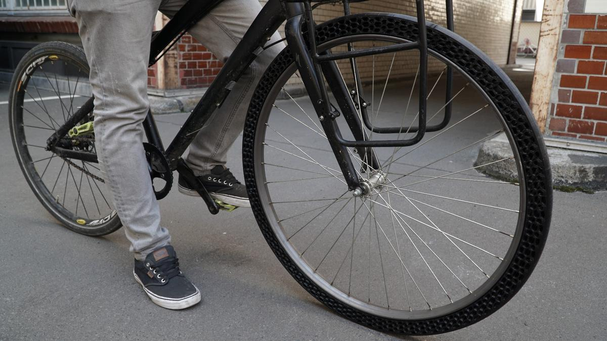 No more punctures: The BigRep 3D-printed bicycle tire can be custom designed to tackle different conditions and biking needs