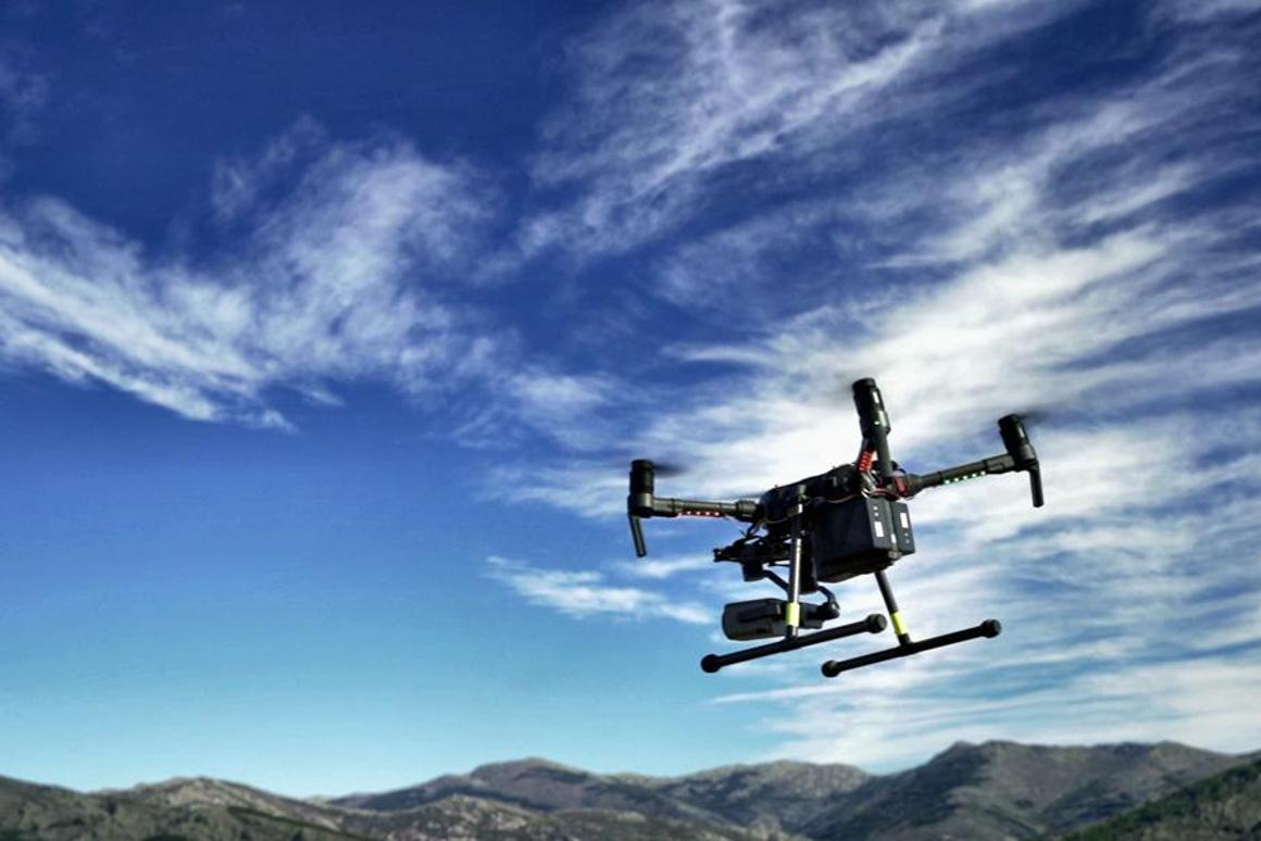 The quadcopter is equipped with thermal and optical cameras