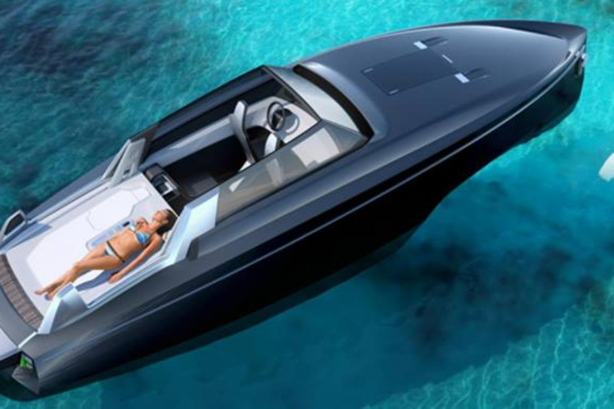 The Reversys Boat goes from fully enclosed to fully open within a matter of seconds