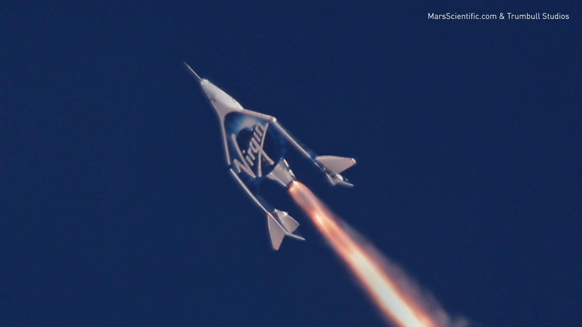 Virgin Galactic'sspaceplane in action