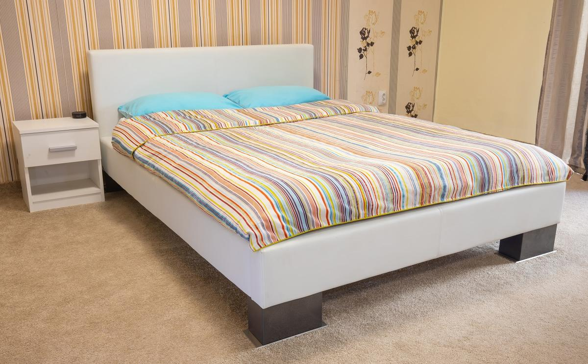 An Adiva One-equipped bed (check out its legs)
