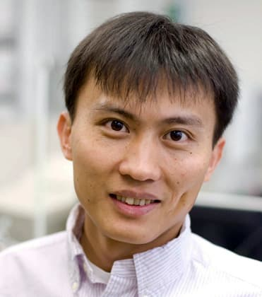 Professor of Materials Science and Engineering Yi Cui (Image: L.A. Cicero)