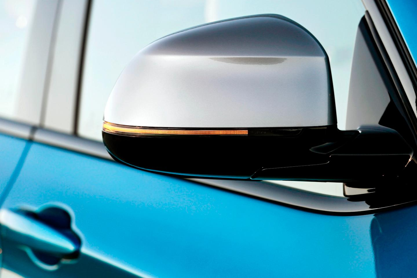 The M40i gets Audi-esque chrome wing mirrors