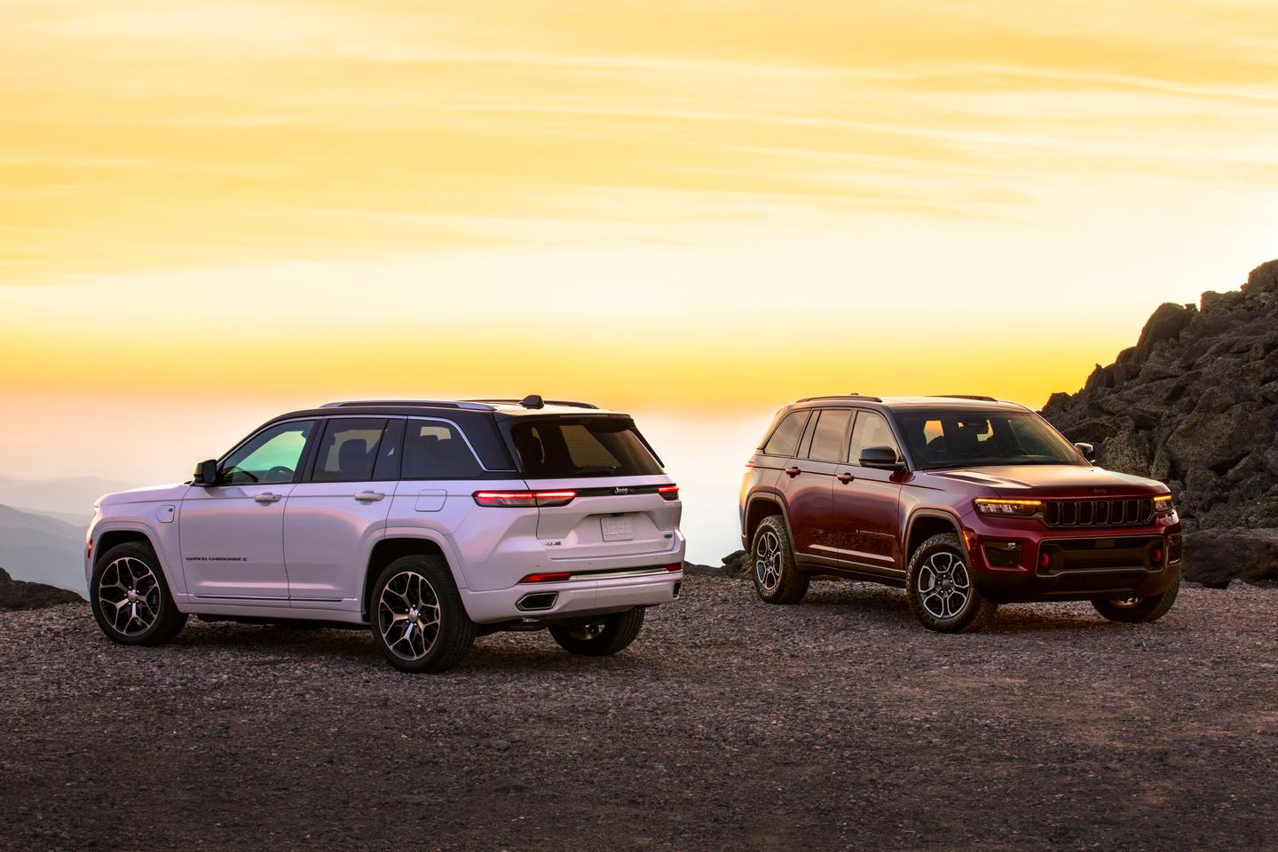 The 2022 Jeep Grand Cherokee debuts as Jeep's jump into the premium-level market