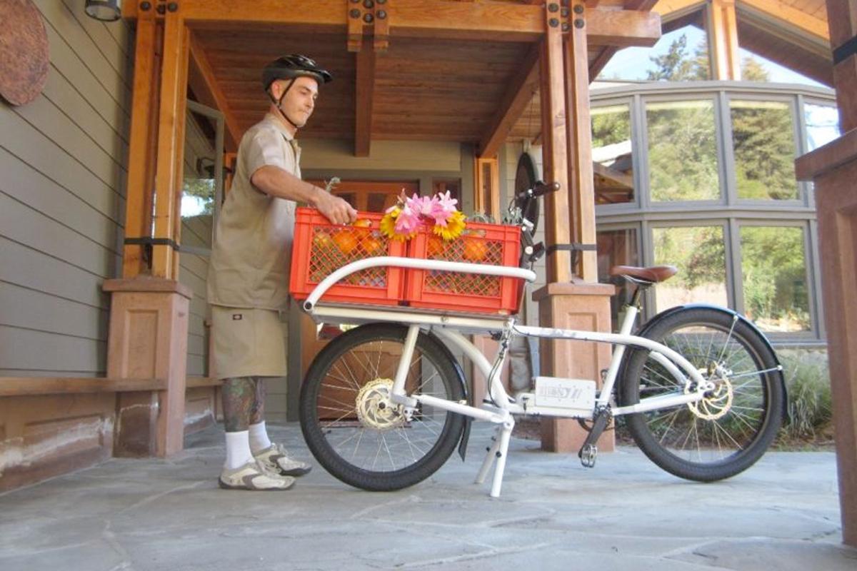 The 2X4 Cargo Bike, in all its stuff-haulin' glory