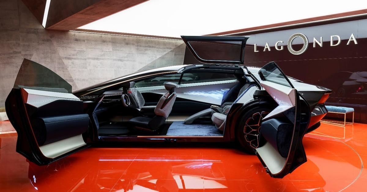 Aston Martin Lagonda Vision Concept doors