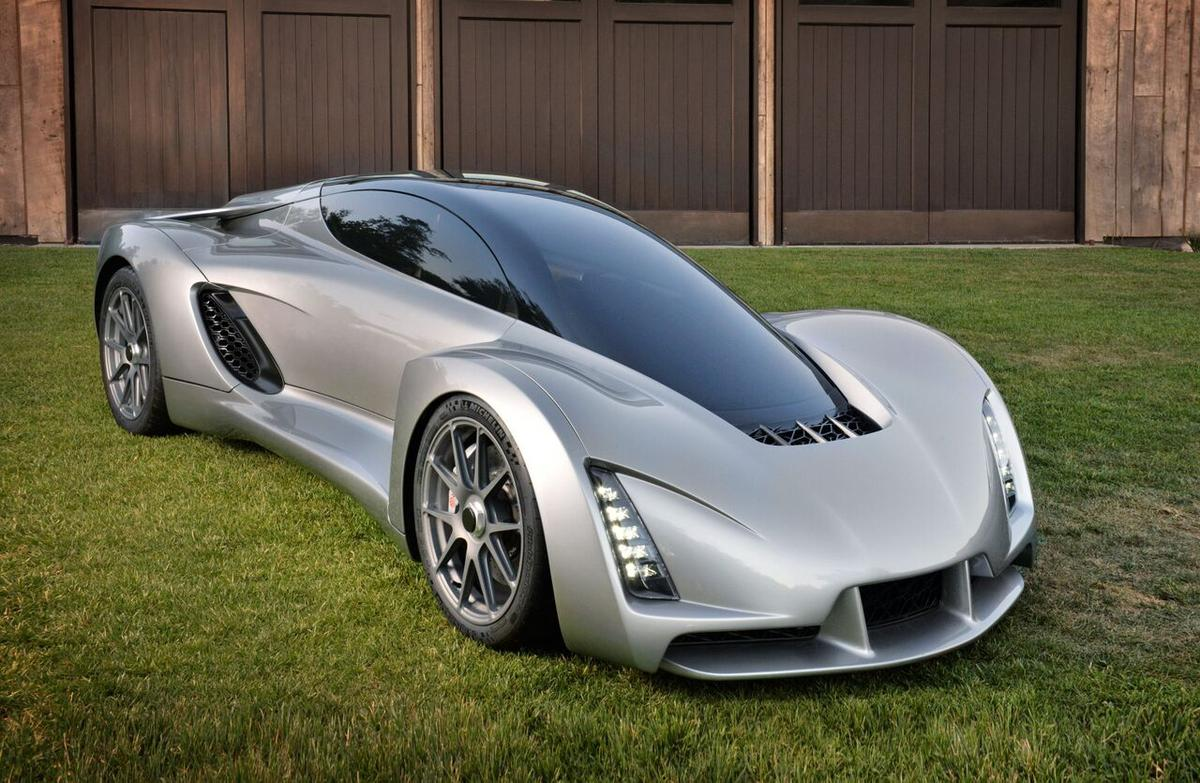 The Divergent Blade is built on a carbon fiber tubular chassis with aluminum nodes