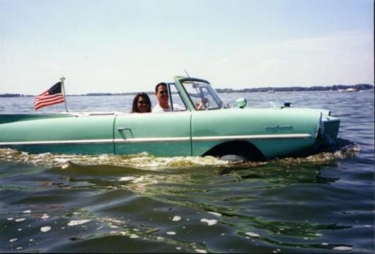 Historical Amphicar image from the International Amphicar Owners Club archive.