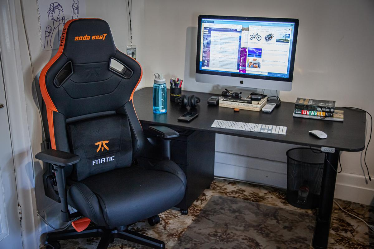 You're damn right I cleaned up my desk for this shot. The AndaSeat Fnatic Edition Premium Gaming Chair makes you feel like you're sitting in a supercar in your office
