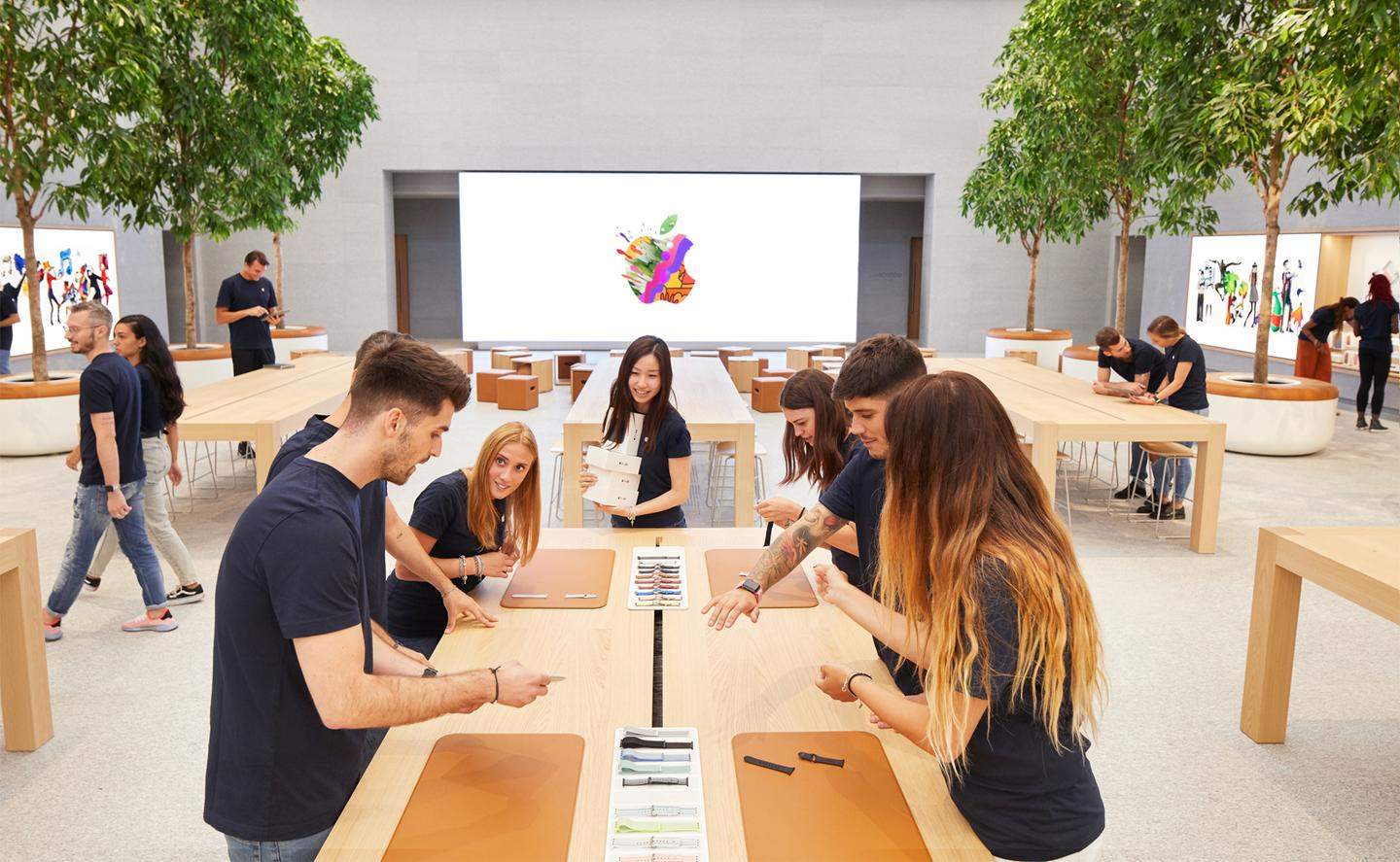 Apple Piazza Liberty storeis located in Milan's Piazza del Liberty
