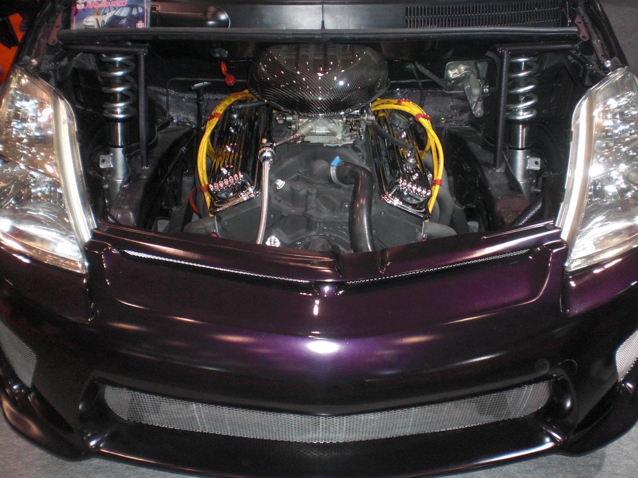 Under the hood of the Prius Pro Street from Wiz Custom Builder (Photo: Stephen Clemenger/Gizmag.com)