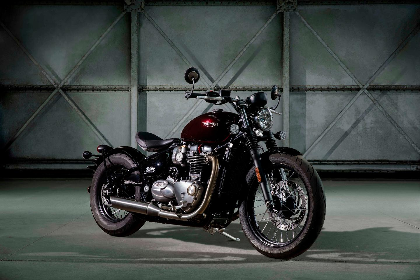 The Triumph Bonneville Bobber will give custom bike builders another canvas to build upon