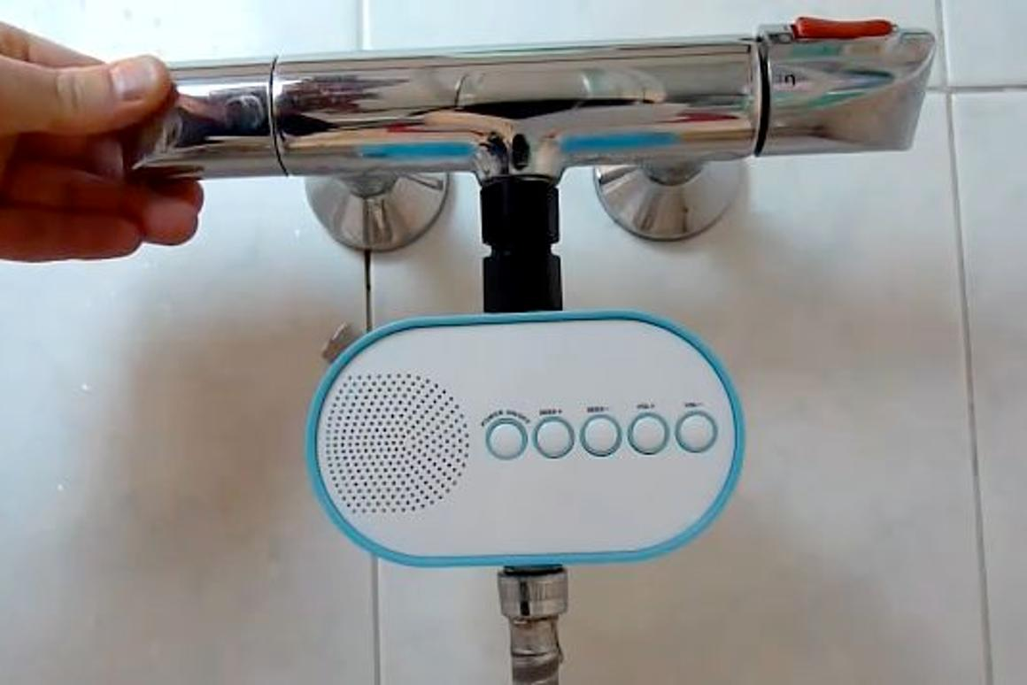 The H2O Power radio generates its own operating power via the force of the running water from your shower