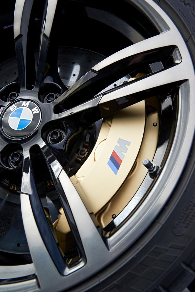 Buyers have a choice of 18 or 19 inch wheels for the open-aired M4