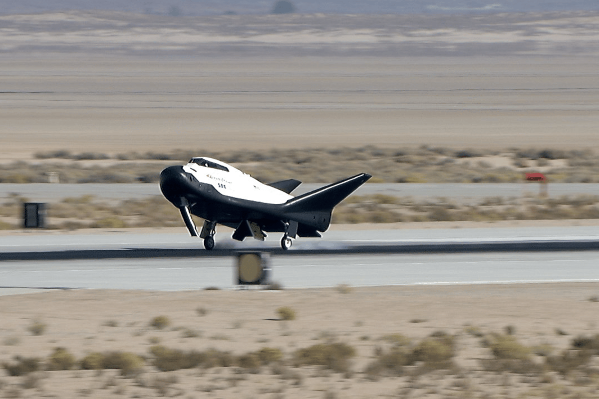 The Dream Chaser has made its first successful glide test and landing since its infamous crash landing four years ago