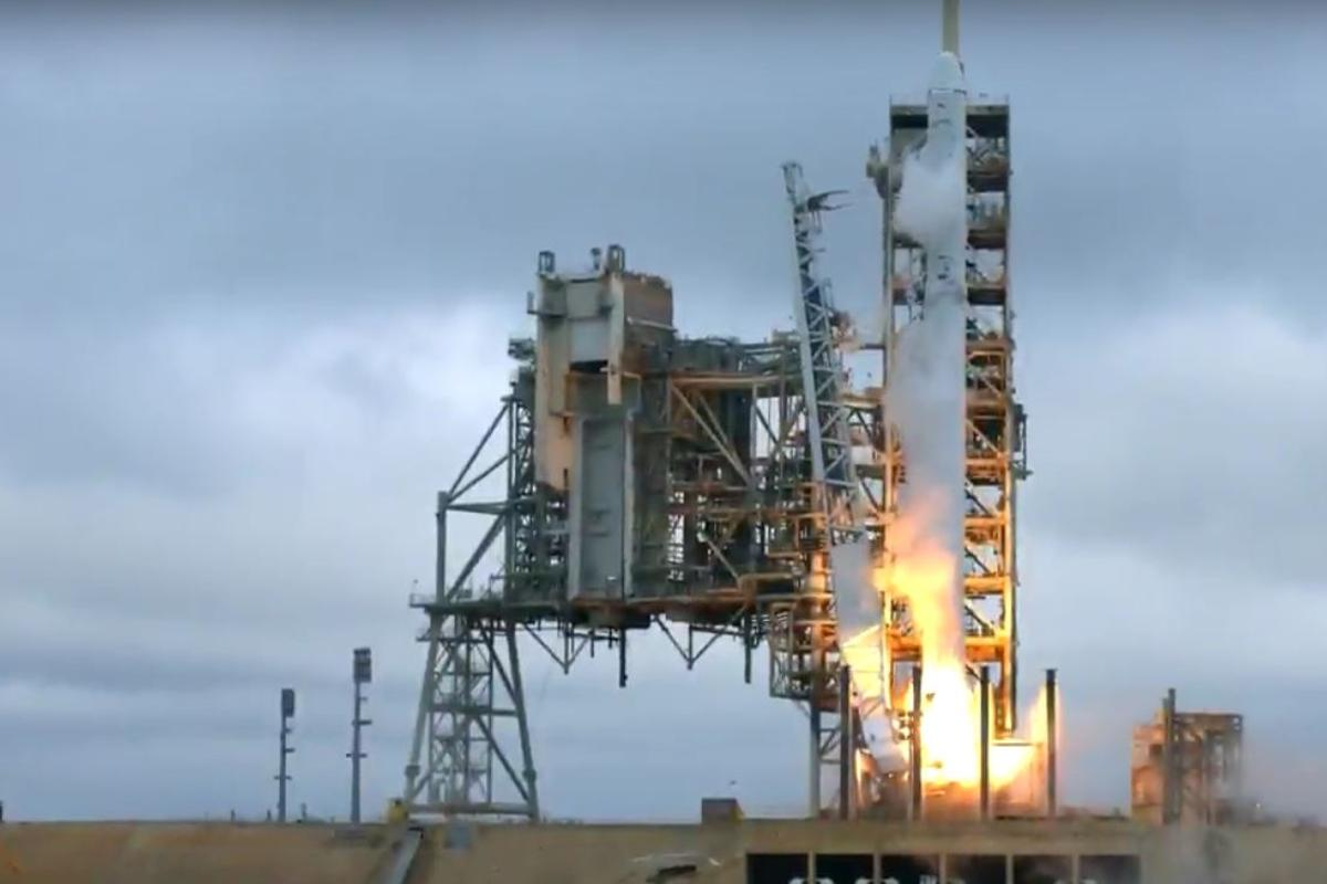 CRS-10 lifting off from the historic pad 39A