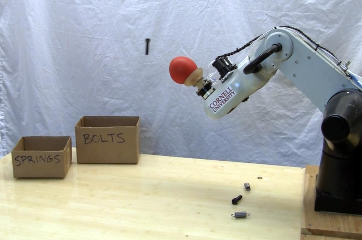 The robotic universal jamming gripper can now throw objects using a blast of high-pressure air (Photo: John Amend, Cornell University)