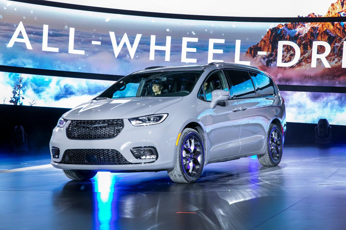 The 2021 Chrysler Pacifica will now have an AWD option for the gasoline models