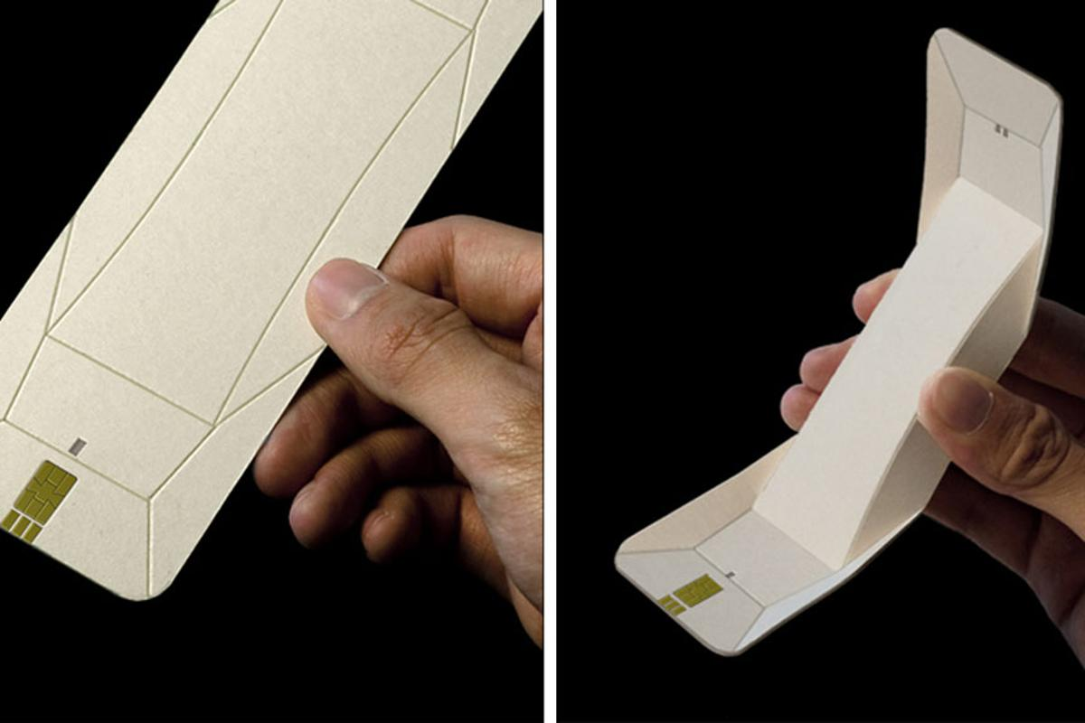The Origami Phone concept design by Chengyuan Wei