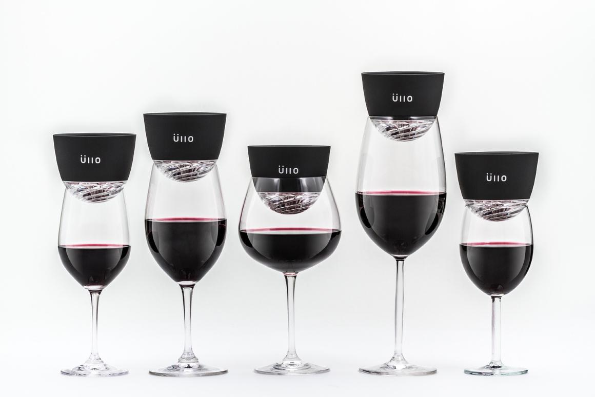 The Üllo is claimed to filter most of the sulfite content from wine