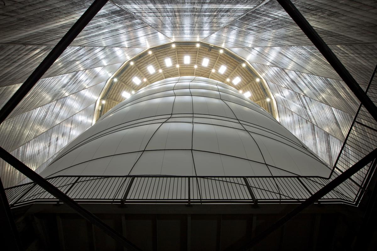"""Big Air Package"" is billed as the largest indoor sculpture ever created (Photo: Wolfgang Volz)"