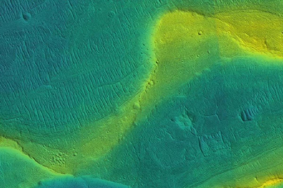A preserved river channel on Mars with color overlaid to show different elevations (blue is low, yellow is high)