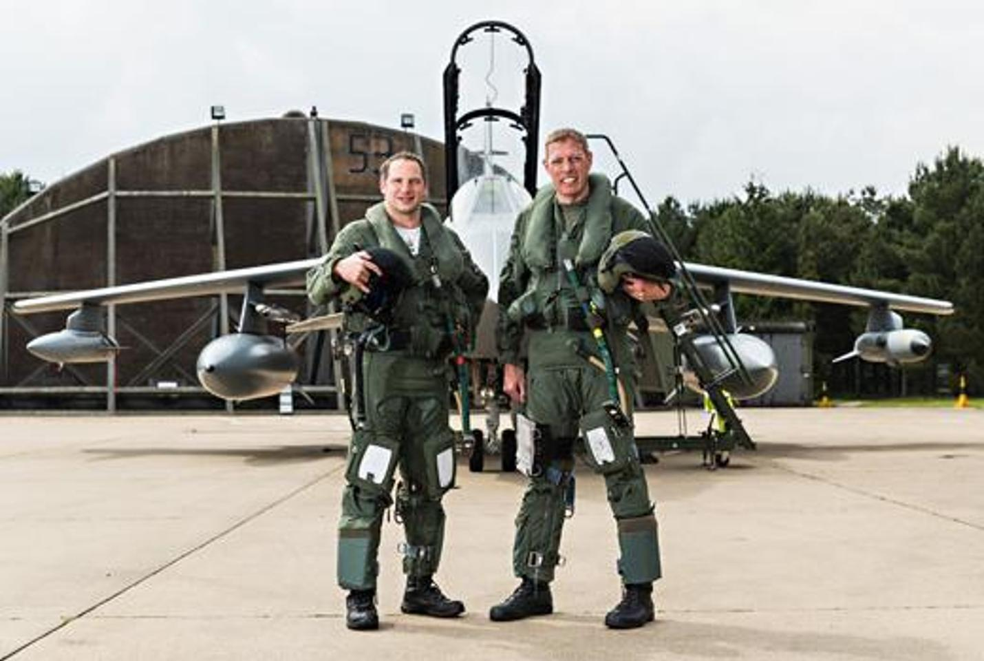 The pilots of the 2014 Normandy Beach recce (Photo: Ministry of Defence)
