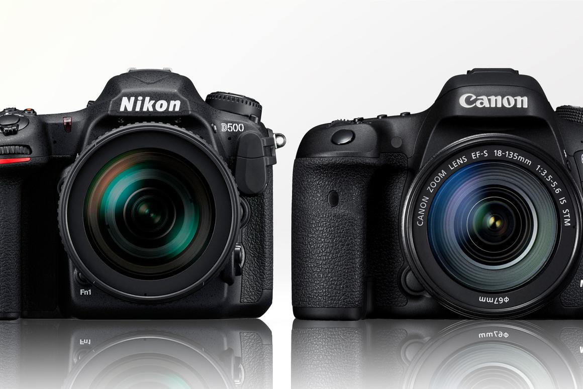 Gizmag compares the specification and key features of the Nikon D500 and Canon 7D Mark II